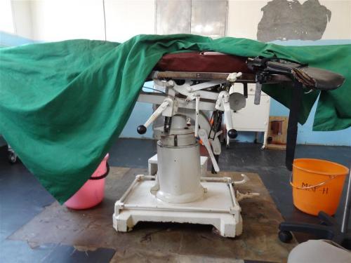 Een operatietafel in CAR (Centraal Afrikaanse Republiek)